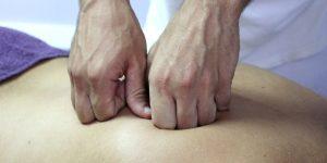Come curare il mal di schiena con l'OSTEOPATIA